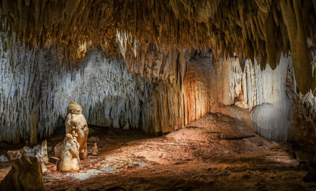 what to do in grand cayman, crystal caves